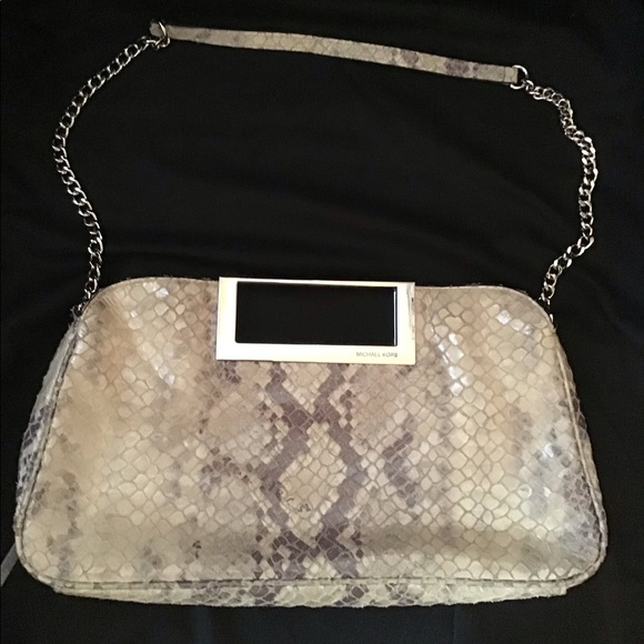 Michael Kors Handbags - Michael Kors Snakeskin like Clutch/shoulder Bag